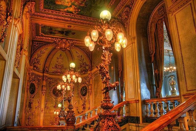 Photo de l'escalier du Theatre National du Costa Rica