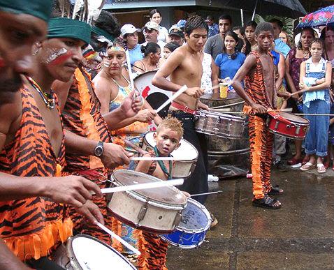 Photo de tambours du Carnaval de Puerto Limon